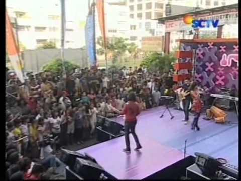 Piyu feat Inna Kamarie - Firasatku (Live)