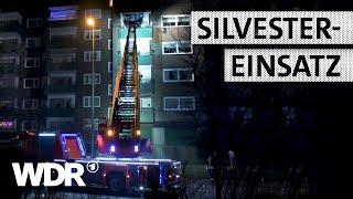Feuer & Flamme | Silvestereinsatz: Verdächtiger Rauch auf Balkon | WDR