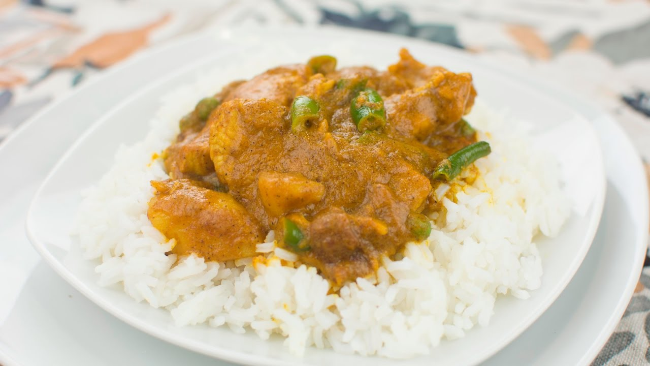 How to cook curry chicken and white rice