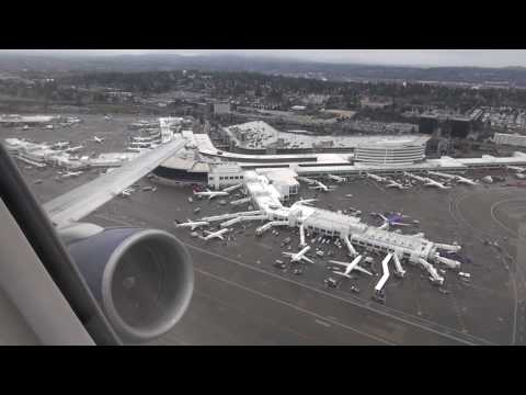 Delta 757-200 takeoff from Seattle-Tacoma SEA