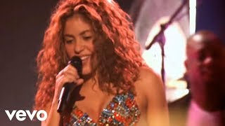 Shakira – Hips Don't Lie (Live) ft. Wyclef Jean