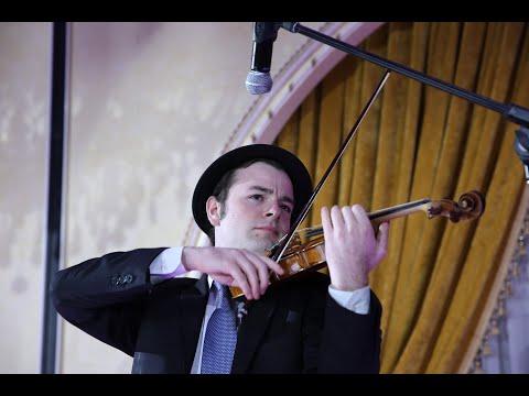 Famed Violinist Samuel Katz Preforms At Chabad 18th Annual Gala Dinner 2015