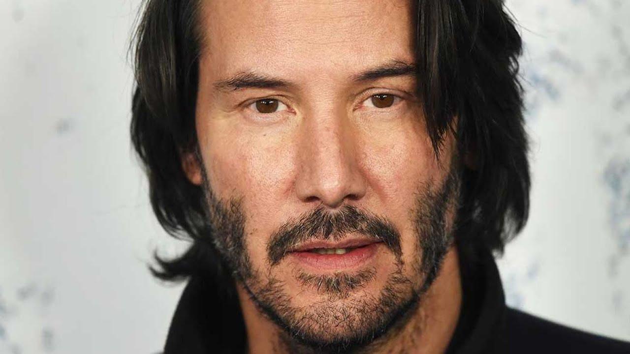 Warganet Bergemuruh Membahas Tangan Keanu Reeves