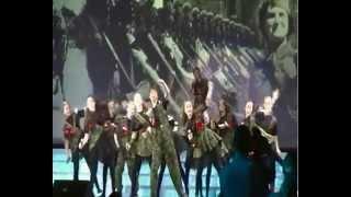 Попурри на тему военных песен
