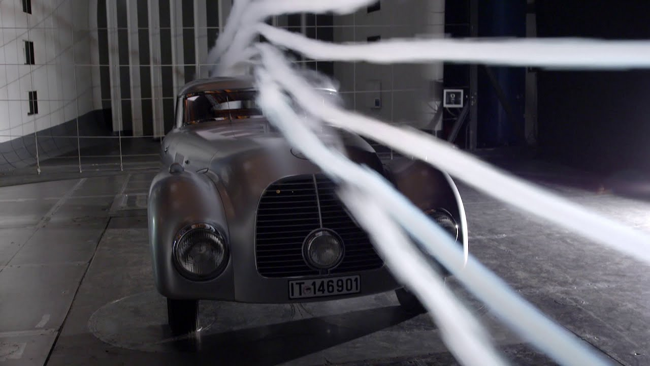 The Streamliner Case - Mercedes-Benz original - YouTube