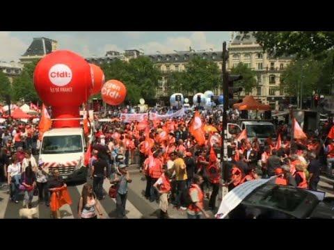 Public sector protests begin in Paris