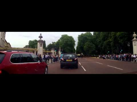 Driving in London - Pall Mall and Buckingham Palace