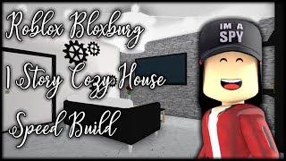 Roblox Bloxburg 1 Story Cozy House Speed Build    SPN