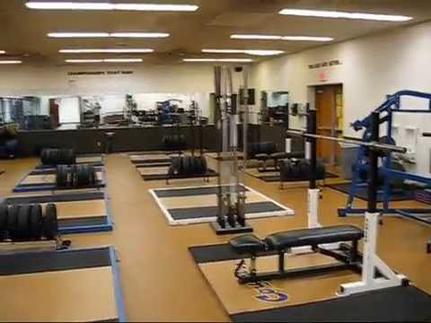 College of the Canyons, Santa Clarita, CA -   Weightroom tour