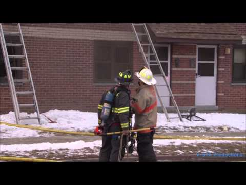 4 year old rescued in apartment fire