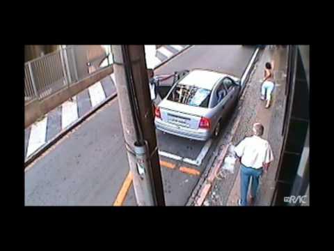 Camera de segurança flagra assalto no centro de são paulo