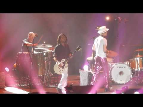 Tragically Hip Live - Final: Ahead by a Century: Emotional Good bye to fans and band