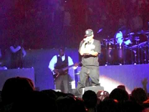 Jay-Z Performs Roc Boys, Pray and Lucifer Live
