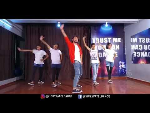 Kamariya Kare Lapa lap Lollipop Lagelu yes to dance