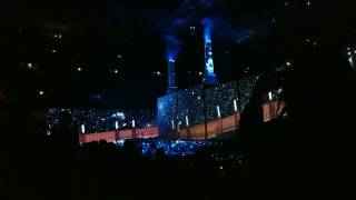 MUST WATCH - Roger Waters live in Chicago - Dogs - 07-22-2017
