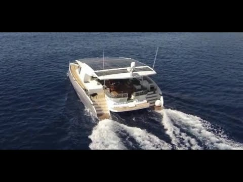 SolarWave 64 e-catamaran - The 64 Foot Tesla Of The Seas