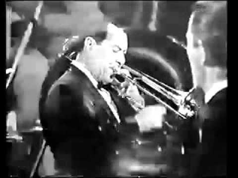 Jazz Me Blues - Eddie Condon 1964.