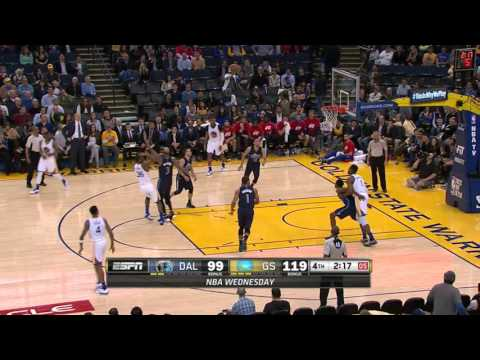 Warriors Rookie Kevon Looney Scores His First NBA Basket!