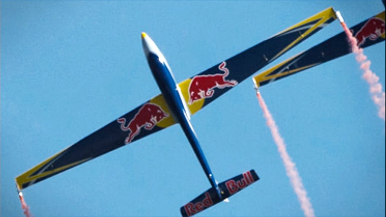2 Red Bull Swift S1 Glider Formation Aerobatics - RC Airshow Display - Aerotow + Landing - AFW2014