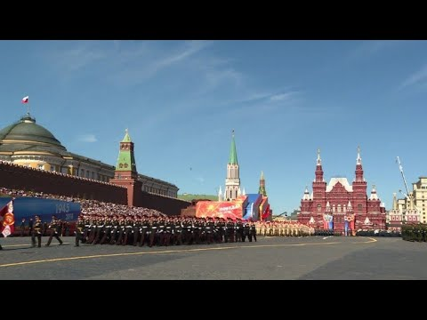 Russia shows off military hardware in Red Square parade