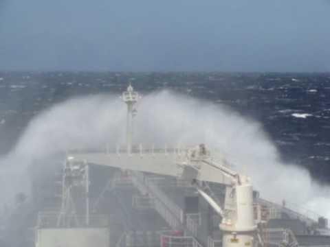 monster waves- pacific ocean