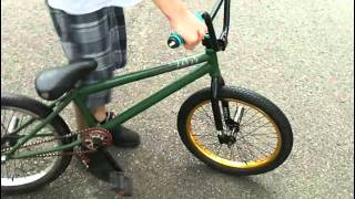 How to 180 bunnyhop BMX