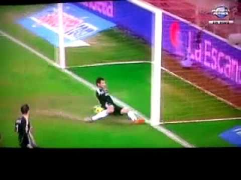 Gol Fantasma Luis Fabiano SEVILLA - REAL MADRID 0-1 26-01-11