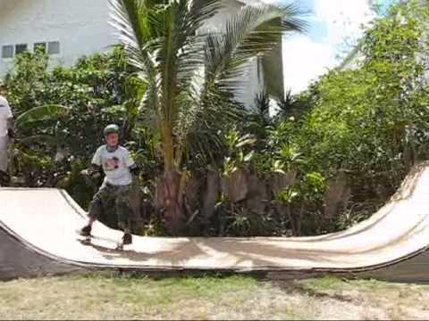 backyard half pipe / mini ramp trick set - YouTube