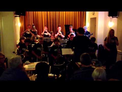 JM Jazz World Orchestra in Cafe Hopper 2013