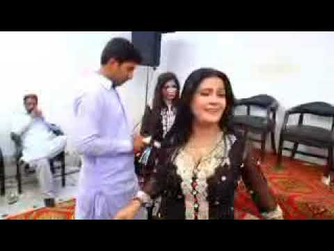 35 Simran Shahzadi Latest mujra 2017 Dhola Ve nhi O changiyan Ladaiyan Asi Productions Pk   YouTube