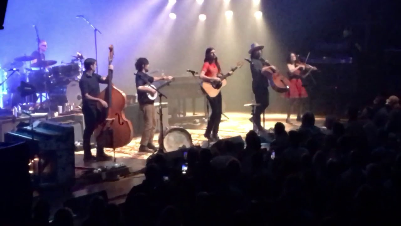 Avett Brothers U201cLaundry Roomu201d Chicago Theatre 11.11.17 Night 3 Part 69