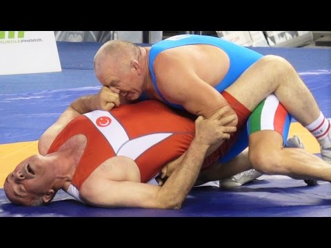 Freestyle Wrestling PIN - Turkey vs Italy