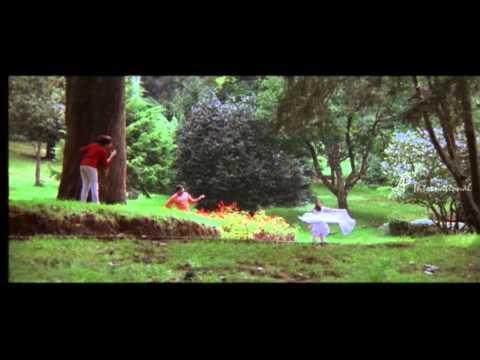 Yathrakarude Sradhakku - Onnu Thodan Ollil Thira Song