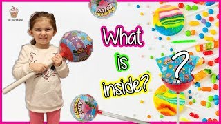 What is inside the Giant Lollipop? So many.....