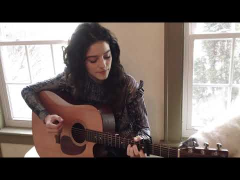 Evelyn Cormier - Four Seasons In One Day (cover) Crowded House (raw and acoustic)