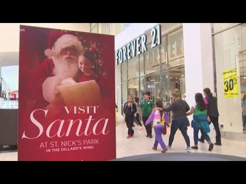 Houston-area malls see mad dash of last-minute shoppers on Christmas Eve