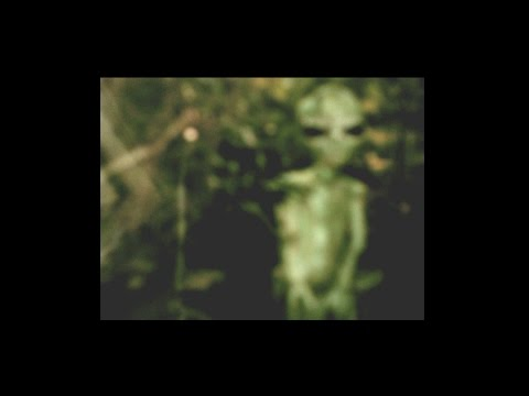 Alien Cryptoid Caught On Film! UFO Sightings The Men Who Summon UFOs! 2014