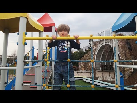 Fun at Outside Playground and an Accident on the End​​​