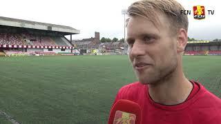Rygaard og N. Larsen med gode råd før aftenens kamp mod Cliftonville FC