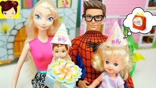 El Cumpleaños del Bebe de Elsa y Spiderman - Travesuras de Las Bebes de Frozen Anna y Elsa