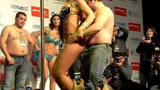 Repeat youtube video Jessica Alonso en Sur Activo - Concepcion (Part 1)