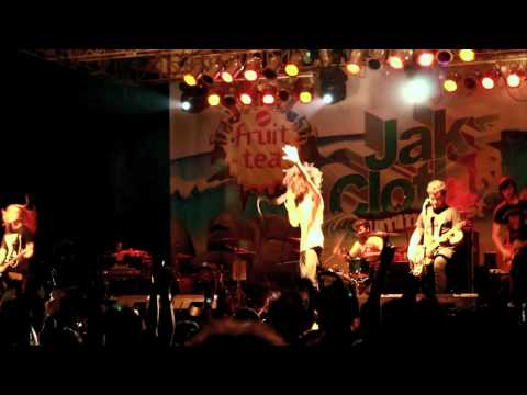 Mayday Parade - Get Up ( Live @ Jakcloth 2011, Jakarta, Indonesia ) HD