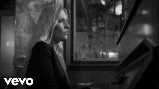 Watch Holly Williams Alone video