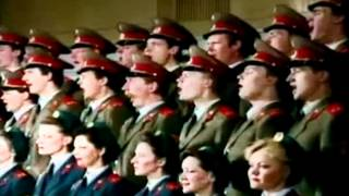Russian Red Army Choir ~ В Путь (V Put),(Let