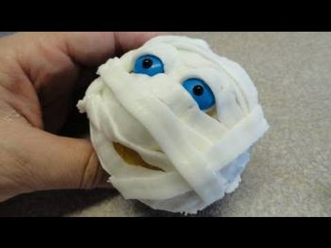 mummy cupcakes for halloween