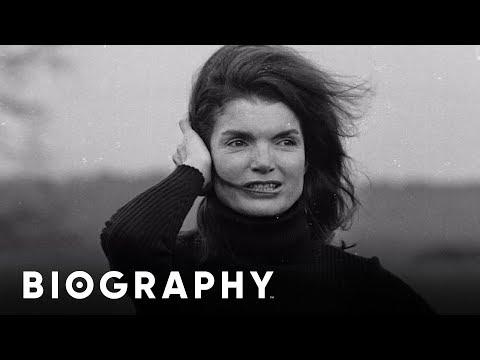 Sally Quinn on Jackie Kennedy & Aristotle Onassis | BIO Shorts | Biography