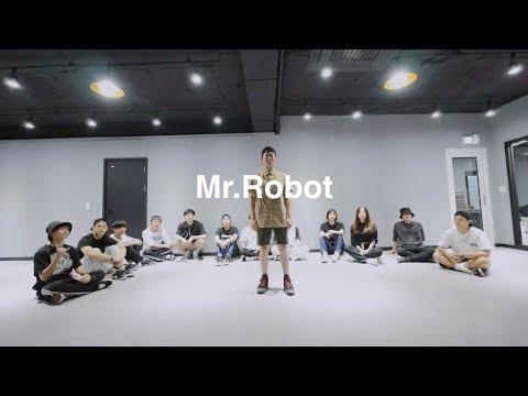 poppin robot animation _ @Mr.Robot @1997dance studio