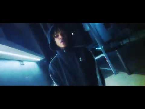 Youtube: Azur – A.M.I
