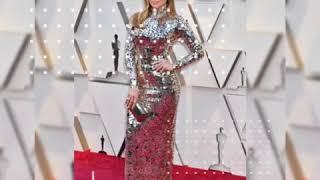 Jennifer Lopez recibe un premio…