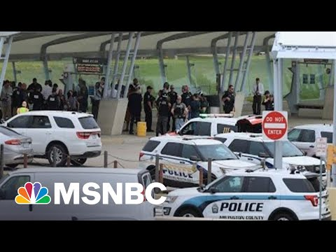 Federal Police Officer Killed In Attack At Transit Station Near Pentagon